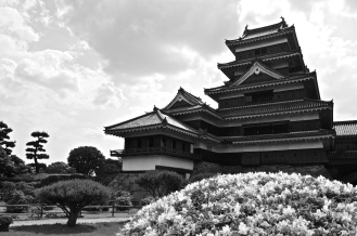"Sometimes referred to as ""Crow Castle"" (烏城 Karasu-jo) because of its awesome black exterior."